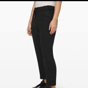 Lululemon on the fly pant